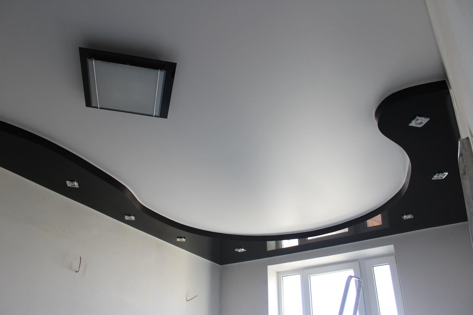 Смотреть фото натяжных двухуровневых потолков